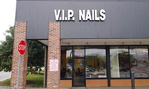VIP Nails Store Front